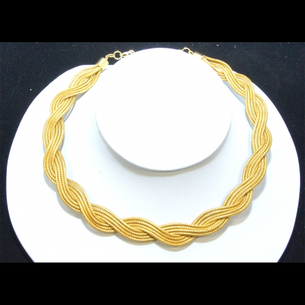 woven golden grass chocker