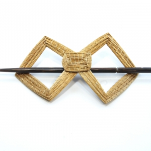 angled hair barrette
