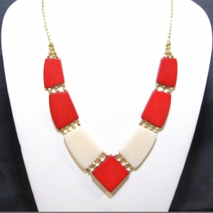 angler red white necklace