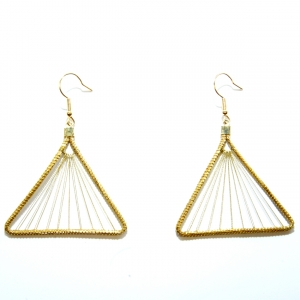 Triangle suspension earrings